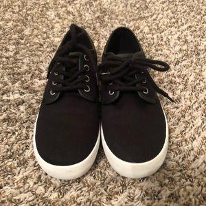 Boys Sneakers size 3Y
